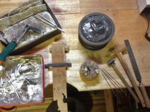 シルバーアクセサリー用の道具