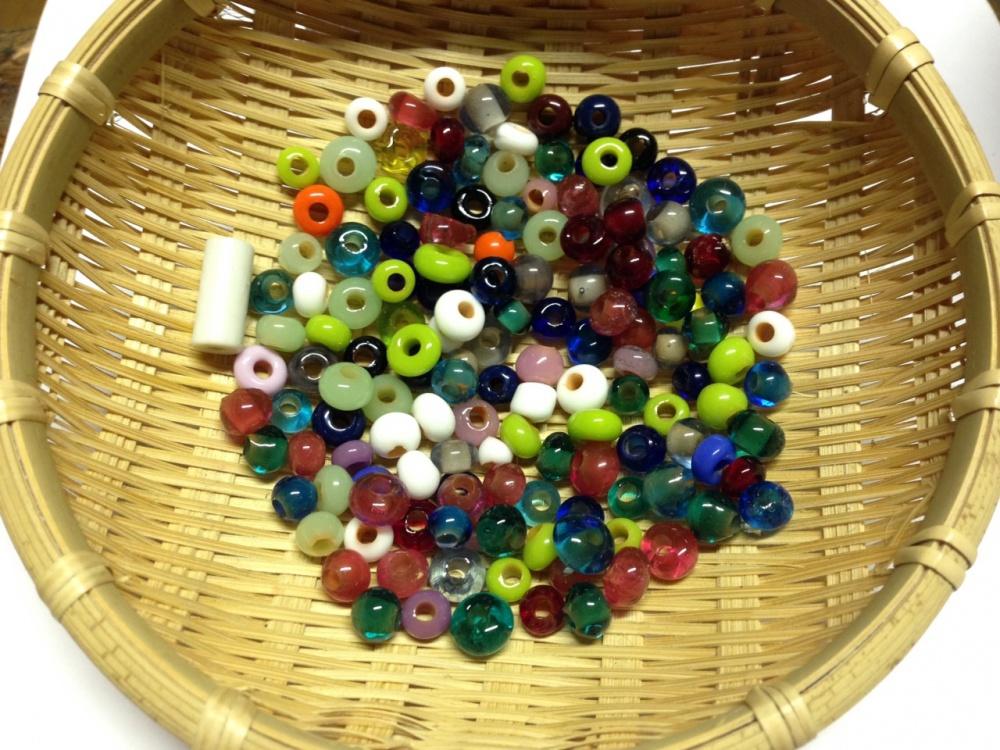 トンボ玉をたくさん作りました。