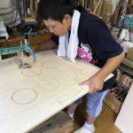電動糸ノコでは板が大き過ぎ